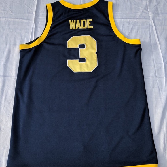 new arrival 152f3 564a0 Dwyane Wade Marquette Nike Jersey size XL